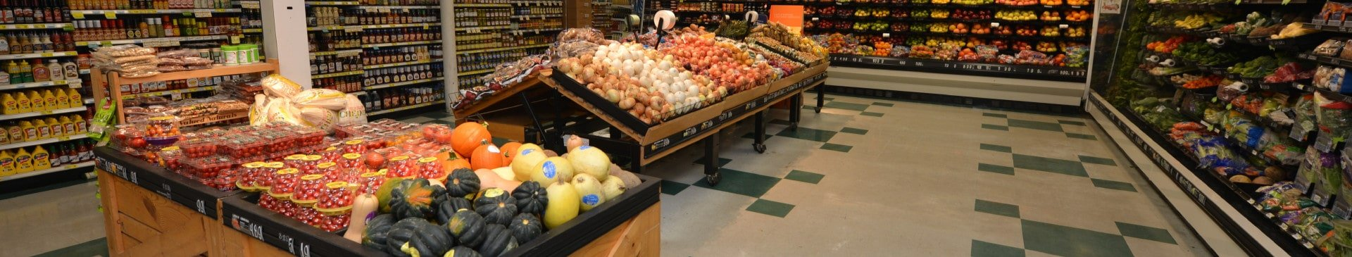 Produce at the Piggly Wiggly Apalach